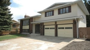 Rent to Own this Perfect 4-Bed Family Home in Southwest Edmonton