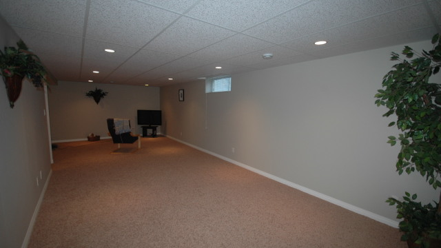 15. Inmense Family Room