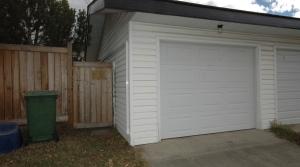 28. Garage