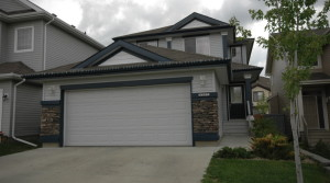 Gorgeous 2-Storey Home in Ellerslie Heights For Rent-To-Own!